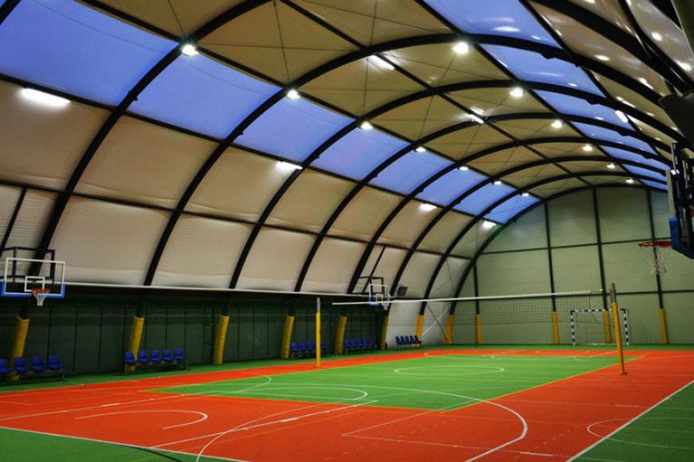 sportcsarnok építés barracon